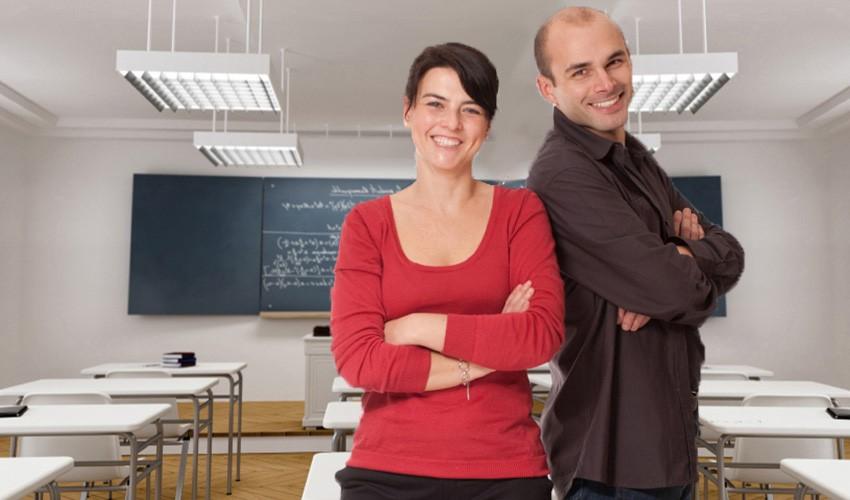 21 reasons to start dating a hot teacher